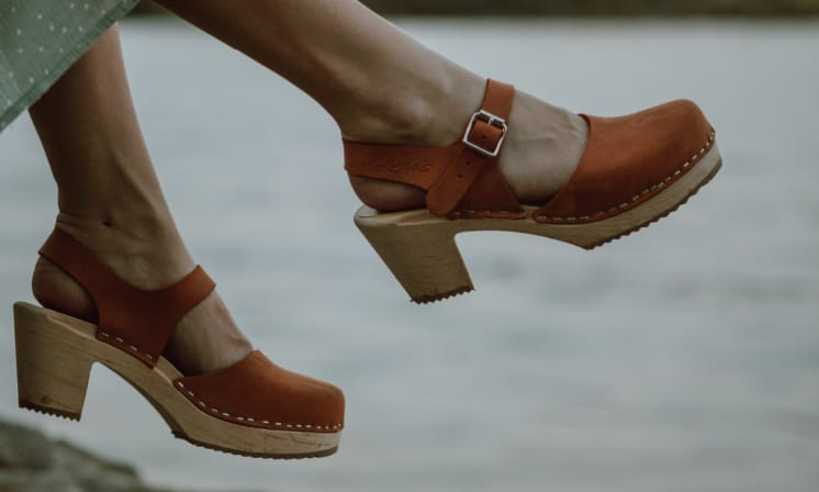 Best Clogs Made in USA:  2021 Fashion Trends